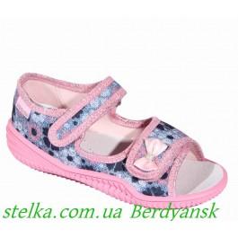 Текстильная обувь Польша, босоножки для девочки Viggami, 6436-1